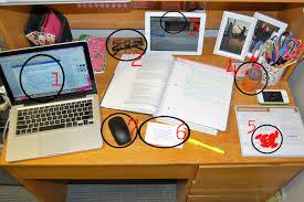 College Desk Organization by College Prep Organize Please Desk While Studying College