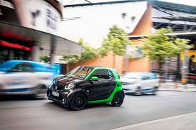 2017 smart fortwo electric drive unveiled before paris show