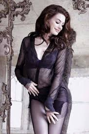 anne hathaway widescreen wallpapers 165 best anne hathaway images on pinterest beautiful celebrities