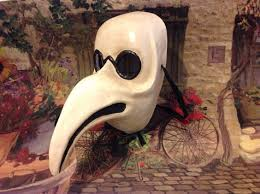 venetian doctor mask this ventian style plague doctor mask is the style was worn by