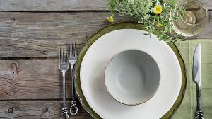 10 tips for setting an instagram worthy dining room table