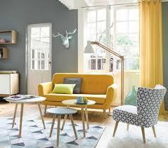canapé jaune moutarde 1001 idées créer une déco en bleu et jaune conviviale