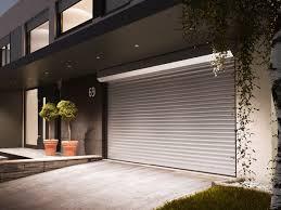 Hausanbieter Zuverlässige Und Bedienerfreundliche Rolltore Für Ihr Zuhause