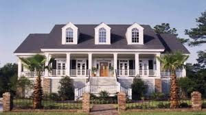 Southern House Styles Timeless Colonial House Style