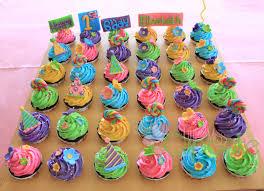cupcake marvelous birthday cupcakes guys cute cupcakes
