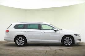 white volkswagen passat 2016 used 2016 volkswagen passat mk8 estate 2 0 tdi se business 150 ps