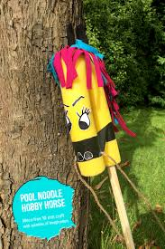 mollymoocrafts yee haw u2013 how to make a diy pool noodle hobby horse