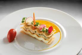 cuisine gastronomique millefeuille de crabe fenouil anis sorbet piquillos cardamome