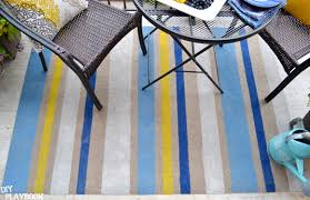 Diy Outdoor Rug How To Paint An Outdoor Rug In Three Easy Steps For Your Patio Space