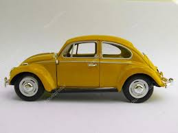 yellow volkswagen beetle royalty free yellow volkswagen beetle u2014 stock photo route66 99146076