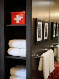 Dorm Bathroom Ideas by Hgtv Dream Home 2011 Ski Dorm Bathroom Pictures And Video From