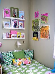 Decorating Bedroom Walls by Decorating Bedroom Walls