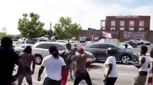 Black Guy With Confederate Flag Man Carrying Confederate Flag Gets Attacked Columbia Sc Youtube