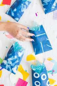 party favor bags here comes the sun how to make printed diy party favor bags using