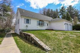Manchester Nh Zip Code Map 22 Wellington Court Manchester Nh 03104 Mls 4628509 Coldwell