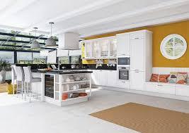 moutarde blanche en cuisine ravishing cuisine blanche mur jaune vue int rieur and incroyable