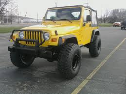 2001 jeep wrangler lifted on 35