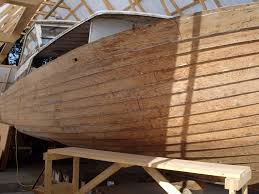 restoring 32 and 36 foot chriscraft plywood plank boats boat