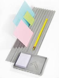 accessoires bureau design monticule le plumier en aluminium par frédéric saulou accessoire