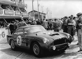 aston martin db4 zagato aston martin resurrects db4 gt racecar as continuation series