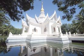 5 meditation retreats for inner peace seekers travefy
