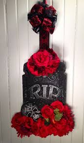 Halloween Door Wreaths 393 Best Halloween Wreathes Door Hangers U0026 Surrounds Images On