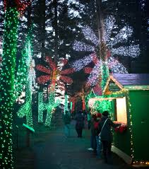 oregon zoo lights 2017 how to spend a merry mellow holiday weekend at the oregon garden