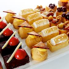 dessert canapés devour it catering