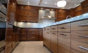 horizontal grain kitchen cabinets