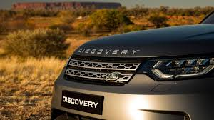 discovery land rover 2018 the 2018 land rover discovery goes on the pull