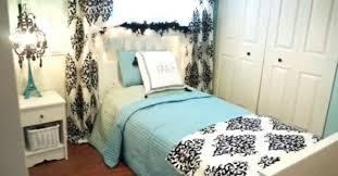 diviser une chambre en deux voici comment diviser une pièce en deux sans construire un mur