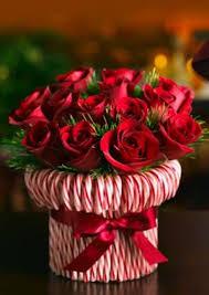 Easy Christmas Centerpiece - candy cane vase easy diy christmas decorations diy ideas