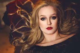 makeup school ohio toledo high school senior photographer and wedding photographer