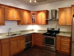 Kitchen Wall Colors With Maple Cabinets Need Help With Wall Color That Matches Spicy Maple Cabinets