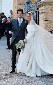 design my own wedding dress meghan markle s wedding dress all the designers in the running