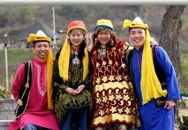 clothing of kashmir clothing of ladakh kashmir ladakh