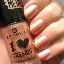 essence i love trends nail polish the metals in 33 rose beats