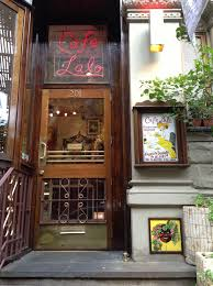 coffee shop in new york cafe lalo u2013 the most famous cafe in nyc featured in u201cyou u0027ve got