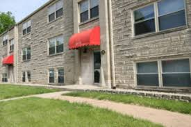 ball state apartments houses u0026 off campus rentals rent college pads