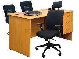 Desks Online Buy Office Desks Online In India Chennai Bangalore Hyderabad