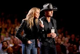 Faith Hill When The Lights Go Down Dicaprio And Clooney Lead Hurricane Relief Telethon Daily Mail