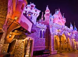 10 sleeping beauty castle photo spots disney tourist blog