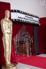 Oscar Dinner Ideas Entrance To A Hollywood Oscars Inspired 1st Birthday Party Via