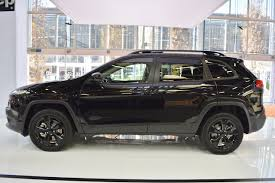 cherokee jeep 2016 black jeep cherokee night eagle profile at 2016 bologna motor show