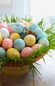 speckled easter eggs 80 diy easter decorations that bring all the cheer