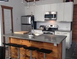 cuisine en beton beton cir cuisine amazing quelles couleurs de luminaire prfrezvous