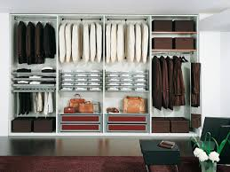 stanza guardaroba guardaroba modulare per negozi moderni idfdesign