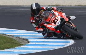 p1 crash motogp valencia motogp 8th pole 27th fall for marquez news crash