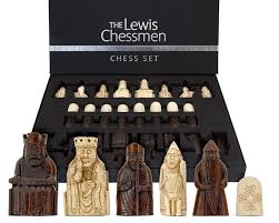 amazon com the isle of lewis chessmen the official set toys u0026 games