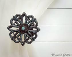 Where To Buy Curtain Tie Backs Best 25 Brown Curtain Holdbacks And Tiebacks Ideas On Pinterest